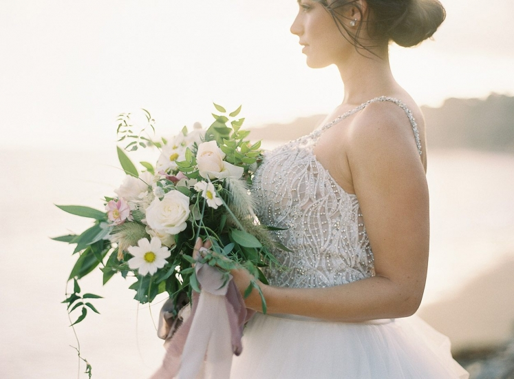 bride-beach-sunset-greens